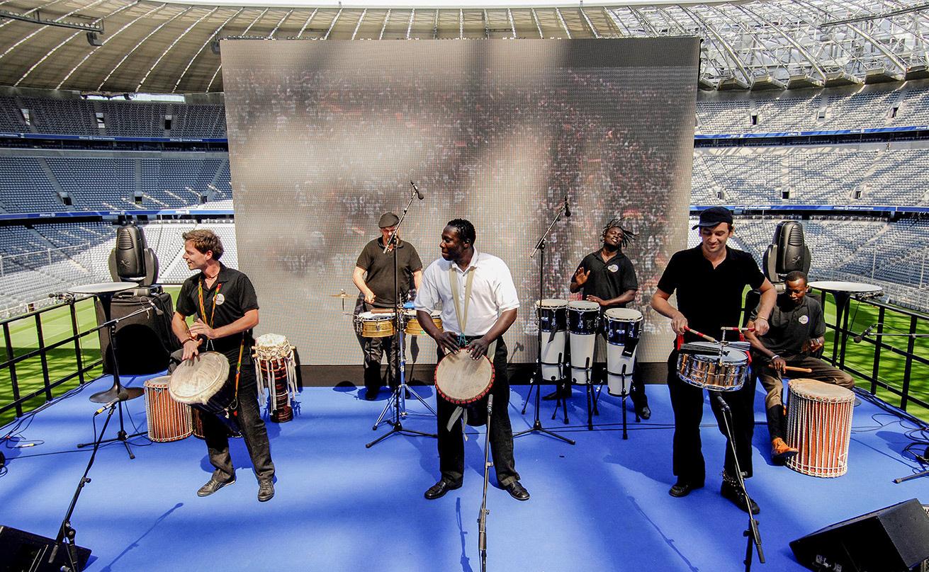 Mit 2000 Trommeln in der Allianz-Arena