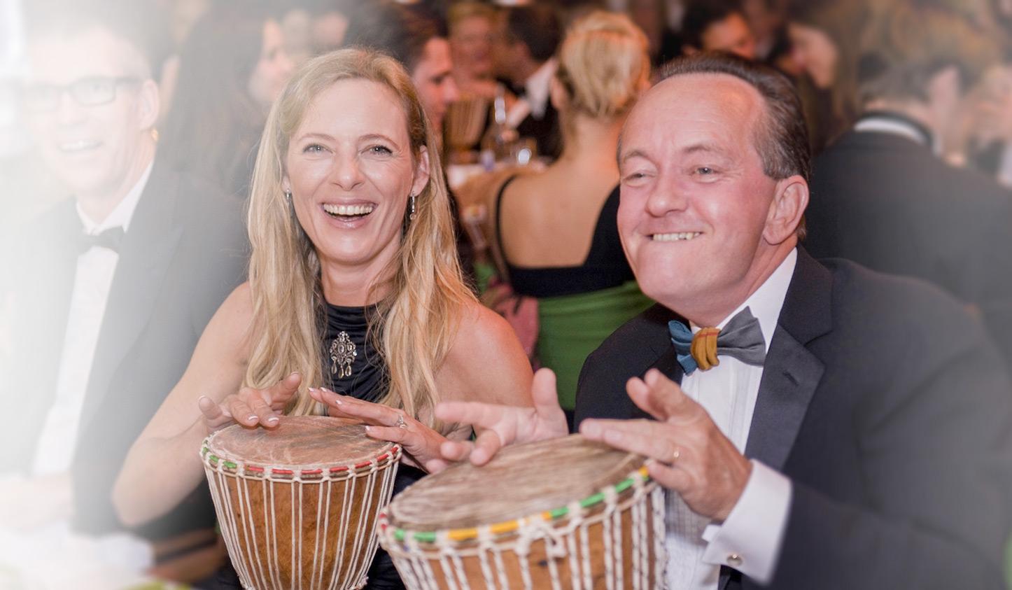 Drumming Events beim Dinner mit DRUM CONVERSATION
